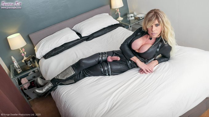 #brandnew ON A MISSION from https://t.co/NLY1whadfj with 100,000+ pics and 700+ videos #NSFW #MILF #catsuit