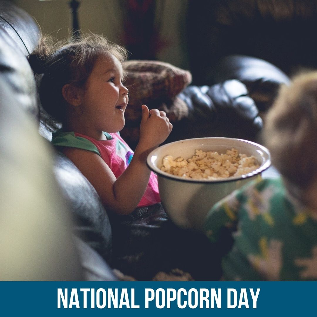 Looking to spice up #family #MovieNight? Try these delicious popcorn seasonings:  🍿 #NationalPopcornDay