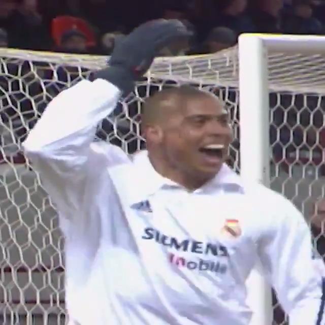 Vandaag in 1997 won 'de echte' Ronaldo de Gouden Bal! 🔥`  #ucl #throwback #ronaldo #veronicainside