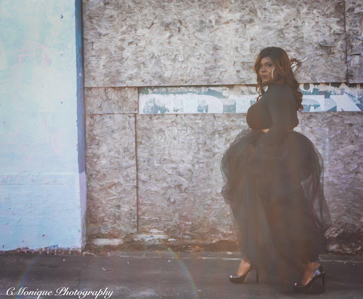 transparent.  #blackwomen #blackgirlmagic #blackgirlskillingit #bloggerstyle #naturallyshesdope #melaninqueen #blackgirlsblog #blackbloggersunited #houston #htx #houstonblogger #charlotteblogger #bossbabe #blackgirlsrock  #blackgirlsarelit #ncblogger #houstoninfluencer #melanin