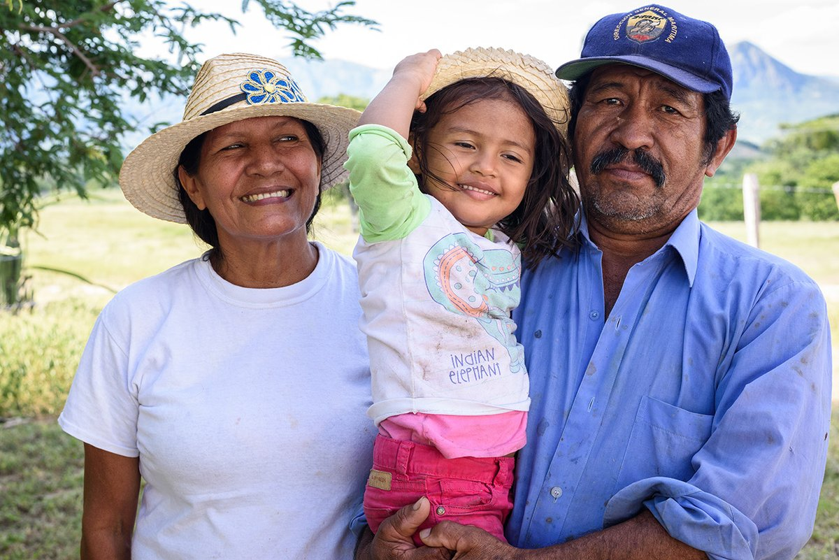 #FoodSystems impact every person in every aspect of our lives. We need to hear from the voices that make up the fabric of our societies to create real solutions.   Become a #FoodSystemsHero TODAY to make your voice heard!   Info:  #UNFSS2021 @FoodSystems