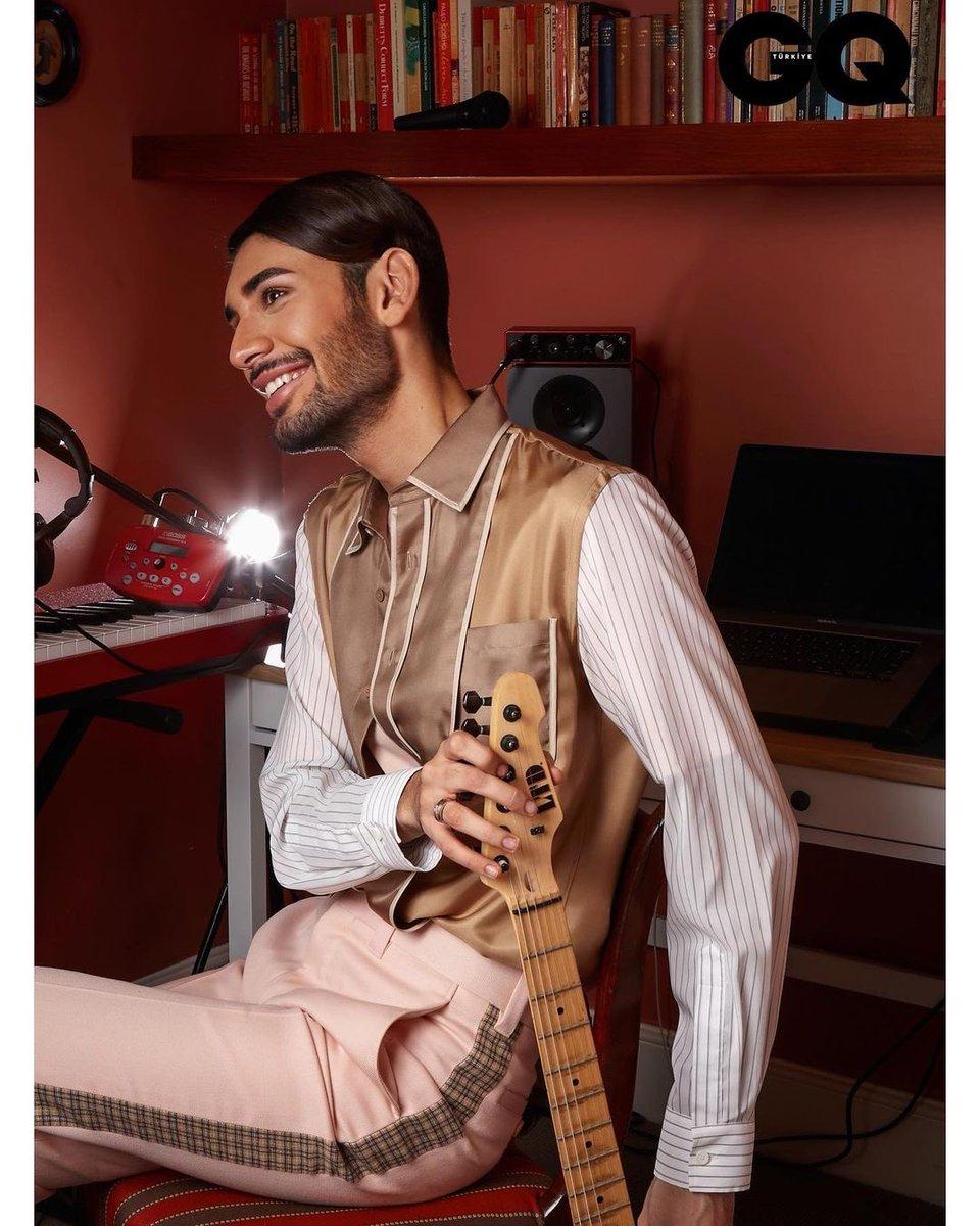 .@EminEminzada looks handsome as ever for GQ Turkey. (📸: Edo Brugué)
