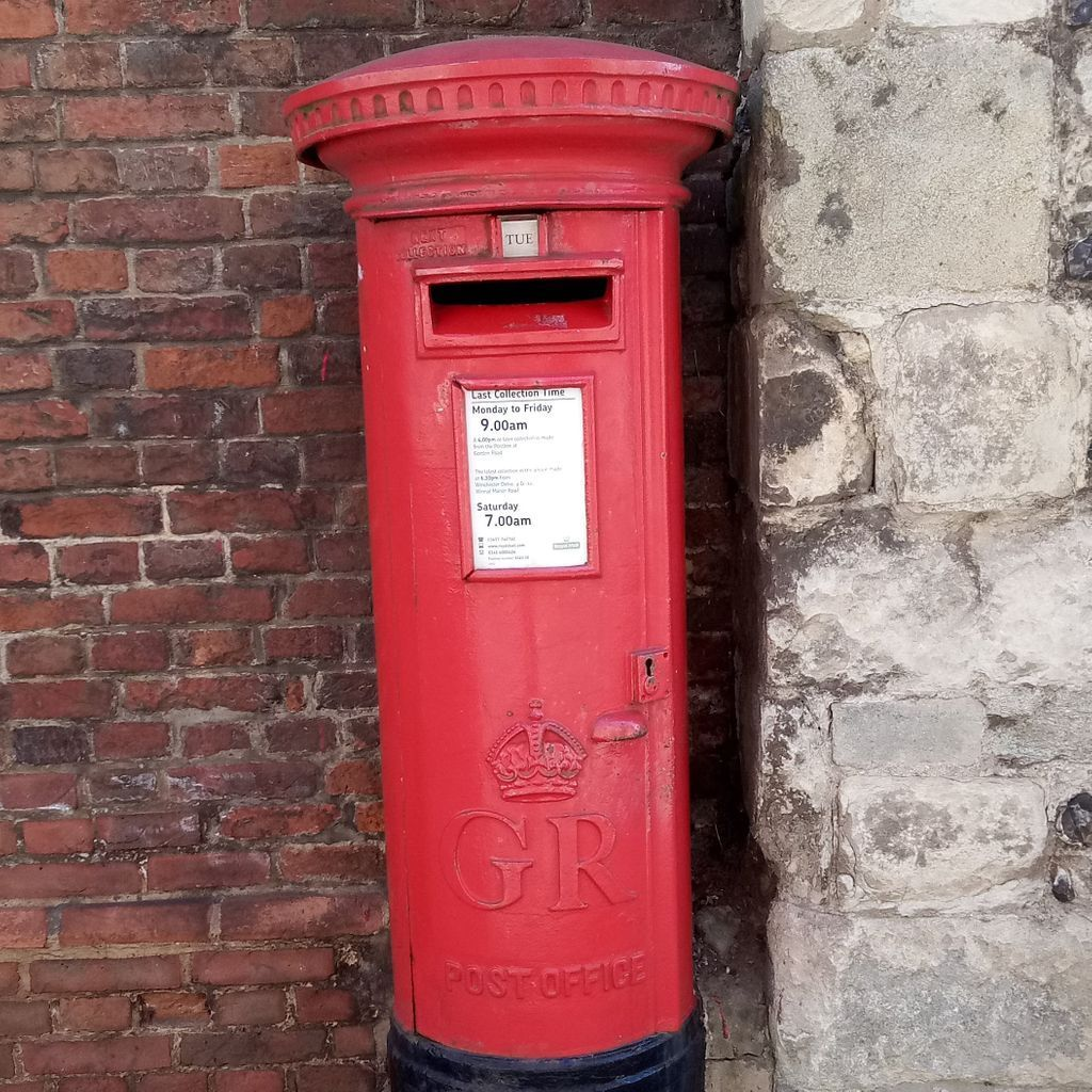 Our final podcast of Season 2 will be released tomorrow and it is a lovely conversation between @MadelaineCSmith and @artcath  In this episode they discuss the #postboxchallenge - a fascinating insight to social history & #lockdownlife    PS Season 3 for us begins 3 March https://t.co/LEARgcrkRr