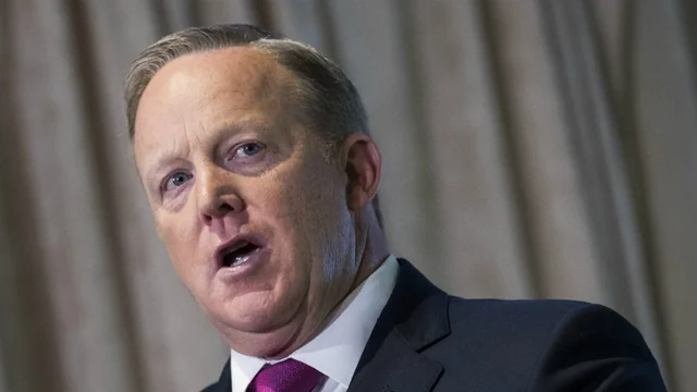 Former White House press secretary Sean Spicer applies to join White House Correspondents' Association