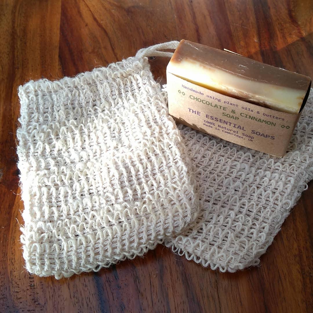 Natural, Woven Sisal Soap Saver Bags are back into stock ⏫ LINK IN BIO ⏫ #soap #bathroom #natural #lockdown #zerowaste #plasticfree #home #loveyourbody #cambridge #london #handmade #plantbased #veganuary #vegan #tuesdaymotivations #love #etsy #folksy #shopping #sustainable