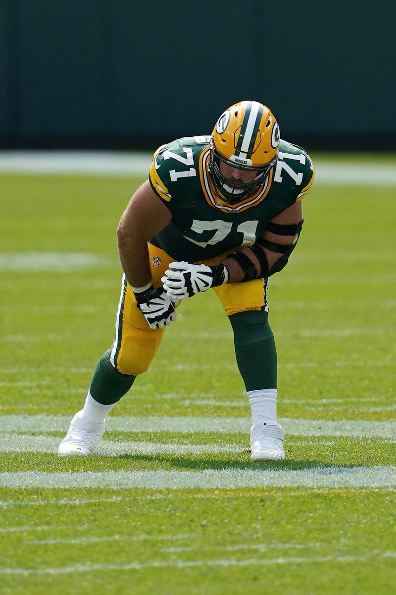Wisconsin #Badgers in the NFL: Divisional Round  There is only one UW alum left in the NFL Playoffs, but at least he plays for the Packers!  #ProBadgers #BadgersInTheNFL
