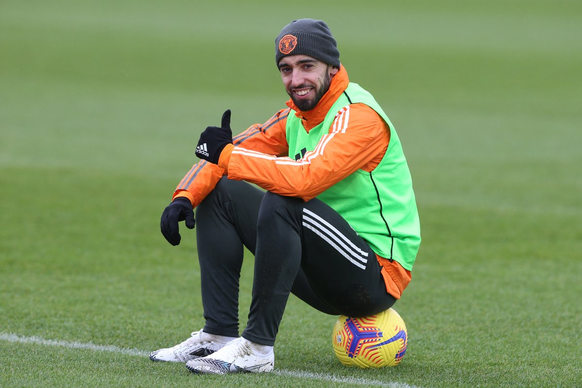 """💬 """"Bruno's form is very good,"""" says the boss. """"He was just voted the Player of the Month.  """"He covers the ground in every single game but he's very good at recharging his batteries. If I ask him, there's absolutely no chance he'll say he's tired.""""  #MUFC #FULMUN"""