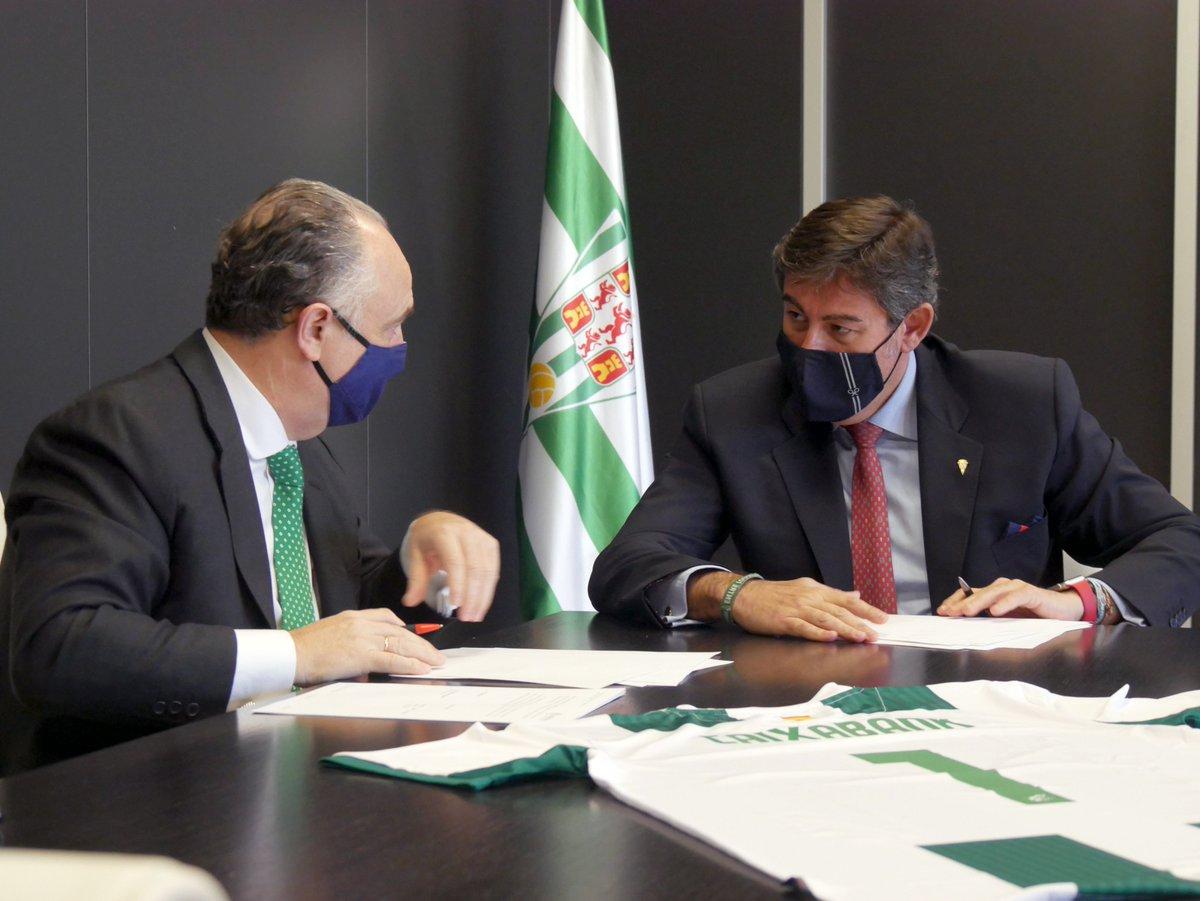 🤝 #PatrociniosCCF || @caixabank 🏦 se convierte en patrocinador financiero oficial 💸 del Córdoba CF ⚽️💚  ➡️