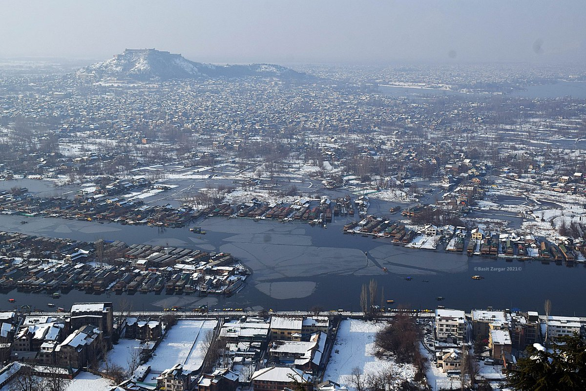 An aerial view of Srinagar city