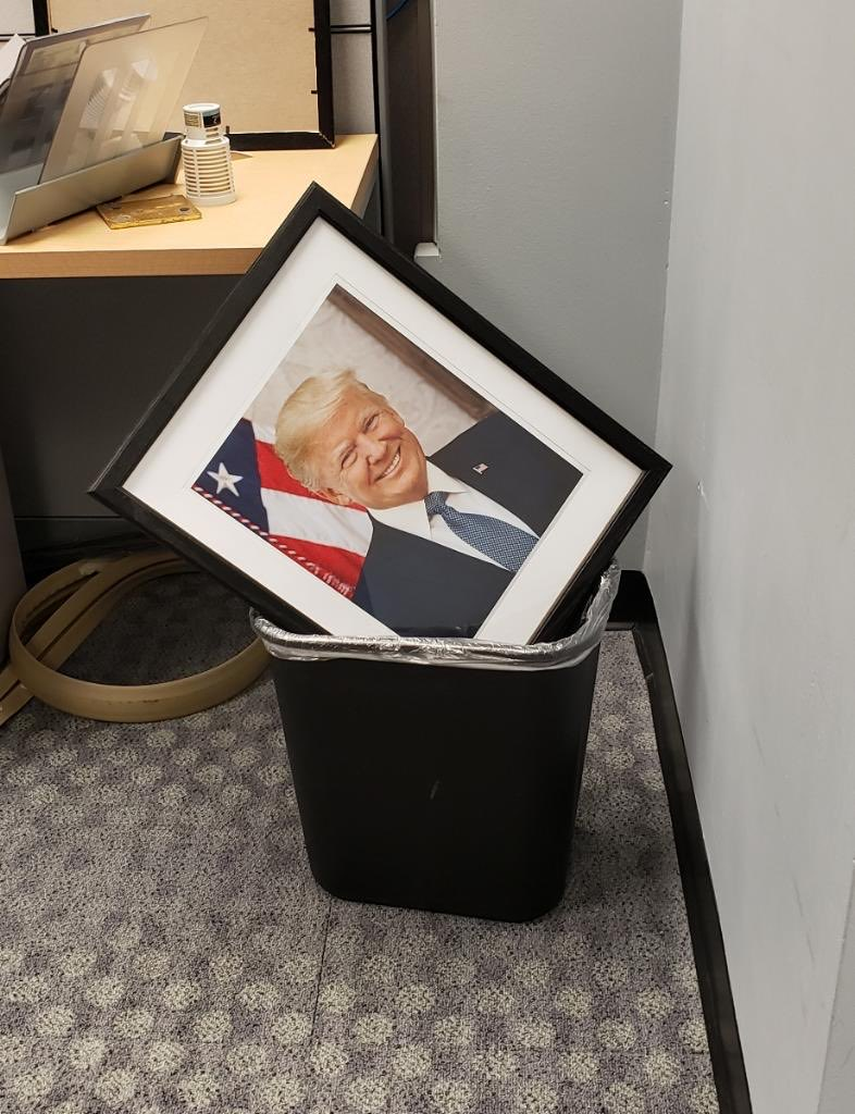 A colleague of mine did some house cleaning in the office. #LastDay #NeverAgain #BidenHarrisInauguration #BidenHarris2020 #TakingOutTheTrash