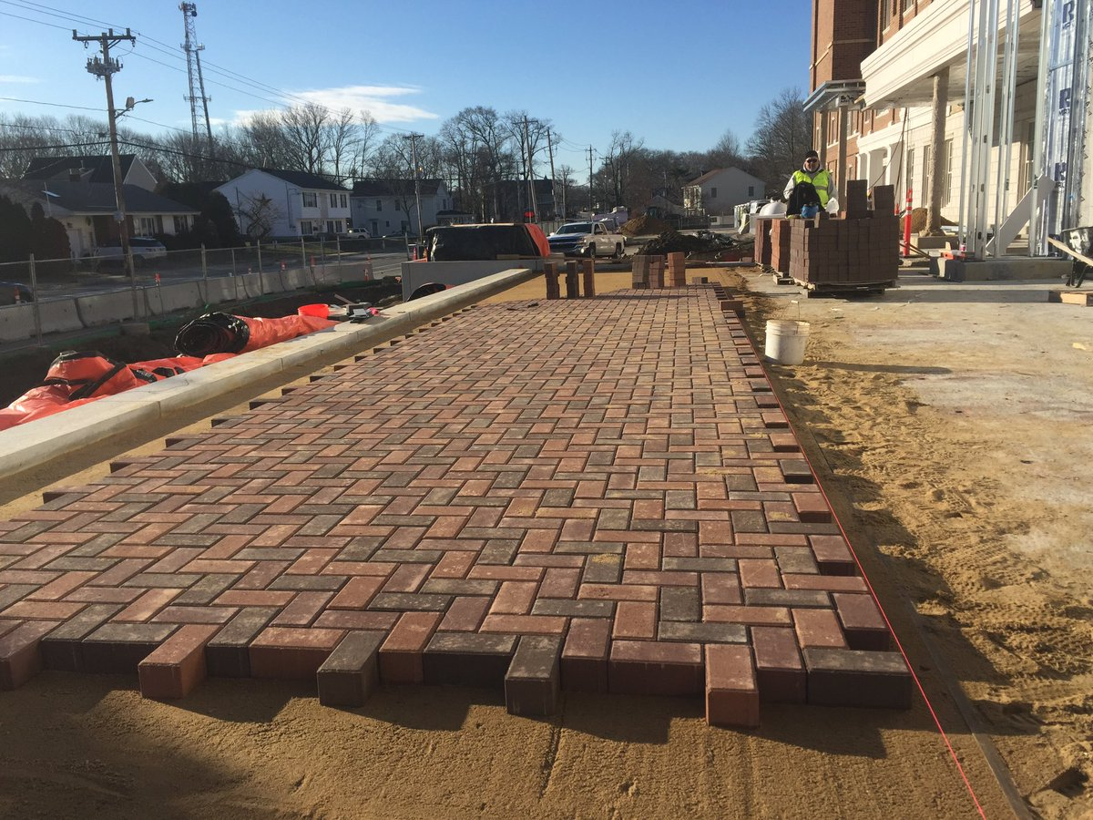 "Wisdom from @DollyParton ""If you don't like the road you're walking, start paving another one"" - each of us has the #opportunity each morning to be better & do better in our #work & in our lives💯Checkout the #brick work #masonry @frps_durfee @SuffolkBuilds @massupt #tuesdayvibe"