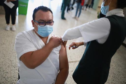 #Salud🏥💉 | IMSS e ISSSTE terminaron vacunación contra #COVID19🦠 desde el #viernes  👇👇👇