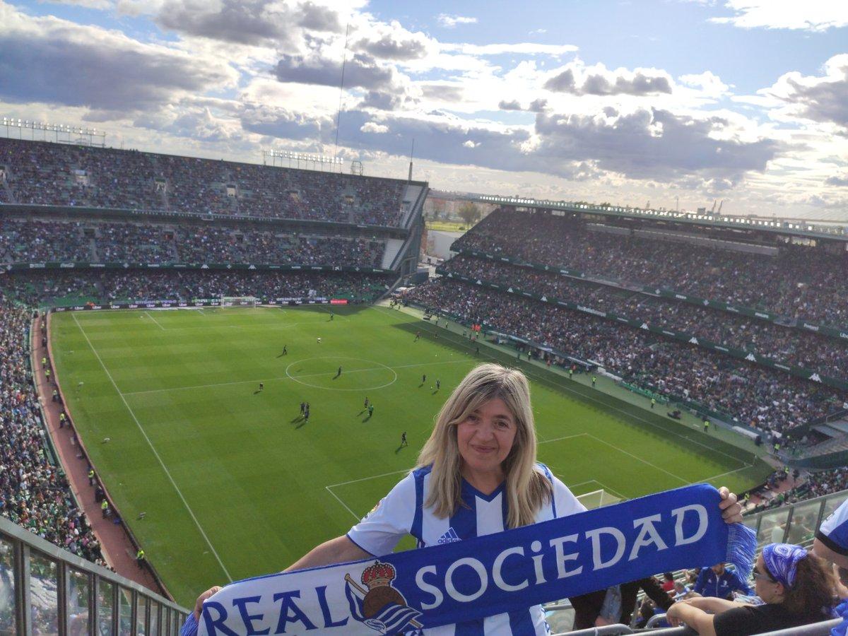 Justo un añito de este viaje a Sevilla,en un Betis-Real Sociedad...... .....Qué ganas de volver a viajar!!!! #AurreraReala