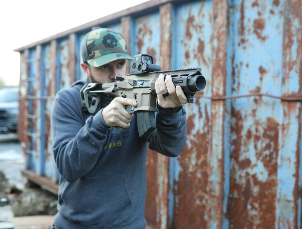 Time is running out to get your entries in to win the FDE Maxim Defense PDX pistol with the EOTech XPS3 optic! Nothing beats a new range toy, especially if it's free like this one. Refer those friends, sign up for texting and get those entries racked up -