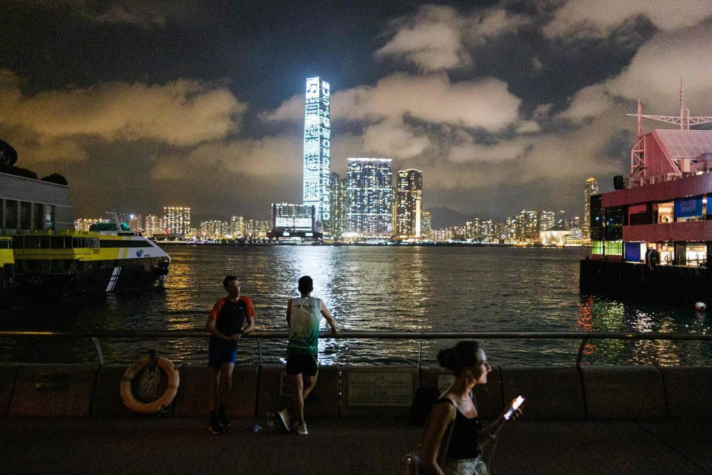 EY staff told to work 16 hour days, weekends, and berated for food poisoning  It's all work and no play for EY staff in the Hong Kong office, as employees were pressured to #work until 11:30pm each week night, writes @Hannah_Godfrey ->  #Auditing #EY