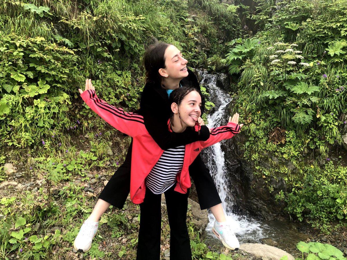 #girls #friends #friendship  #mountain  #trip #travel #happy #bestfriends #SaturdayMotivation ☀️🤩