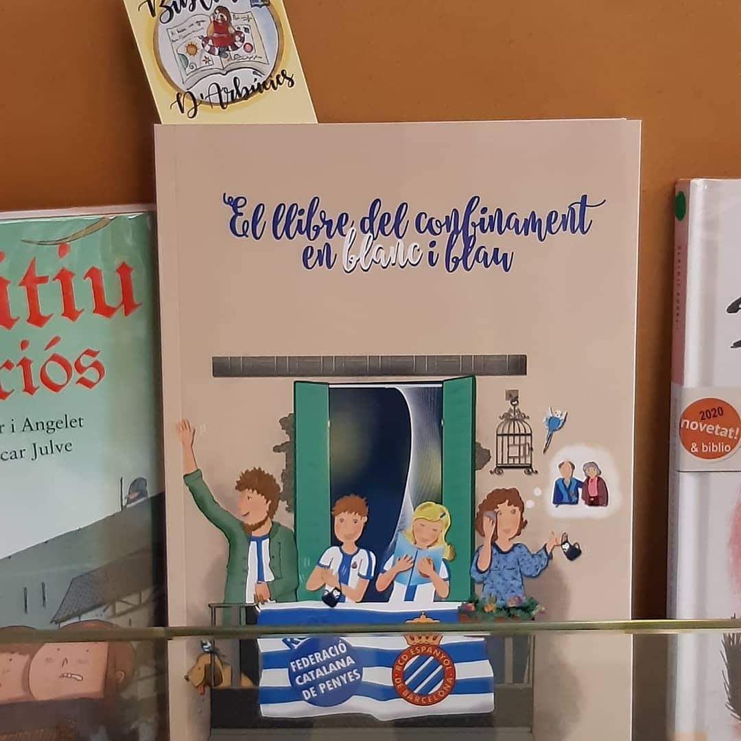 Igual que vam fer amb la biblioteca de Breda, avui hem donat el llibre de la _espanyol  a les bi....