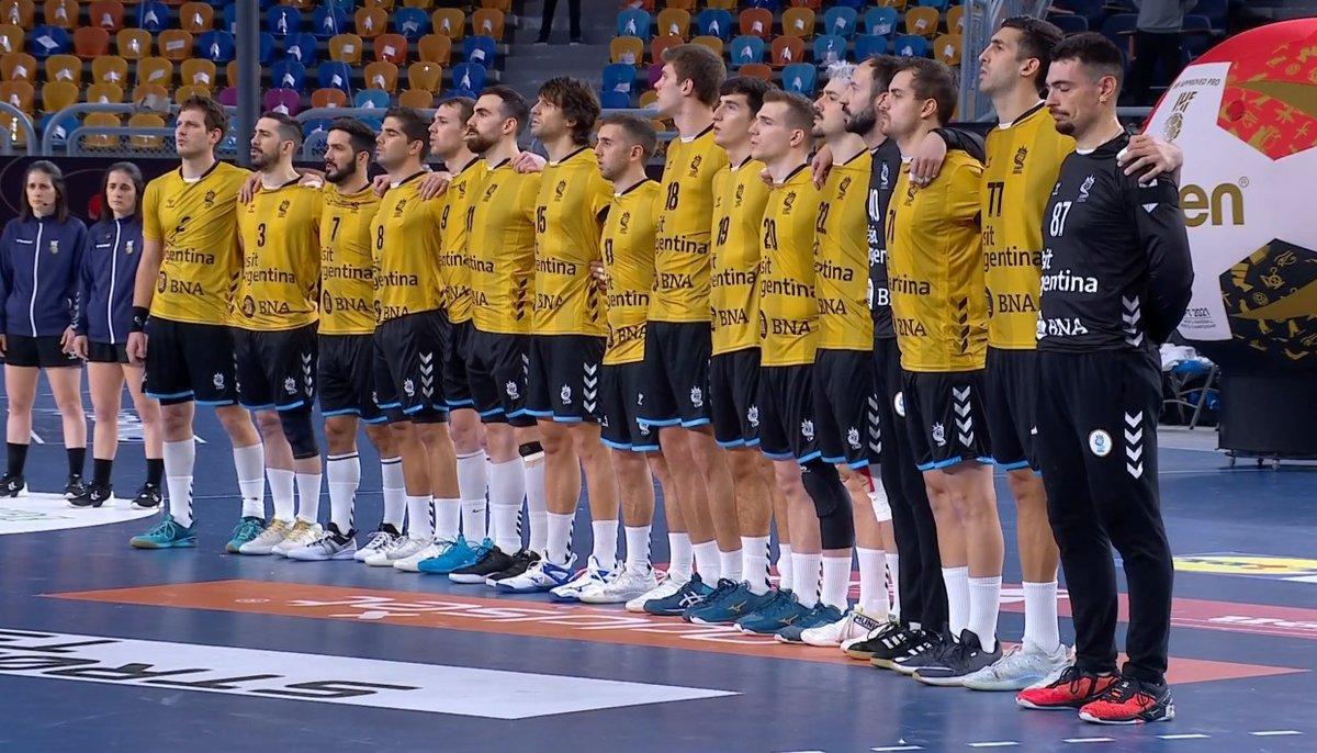 #Handball Mundial Egipto🇪🇬 2021: @GladiadoresHB cayeron ante Dinamarca🇩🇰, vigente campeón mundial y olímpico, por 31 a 20, en el cierre de la fase preliminar. @pemartinezc fue el goleador del equipo nacional con 6 tantos.  PH: @CAHandball   #LosGladiadores https://t.co/ucf2XnDtzz