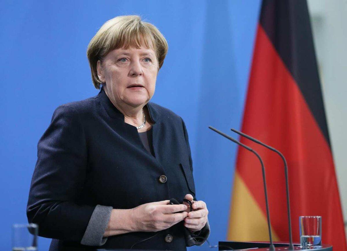 #ميركل تعلن تمديد إجراءات إغلاق #كورونا في #ألمانيا حتى منتصف فبراير.  #الرؤية_بلا_حدود