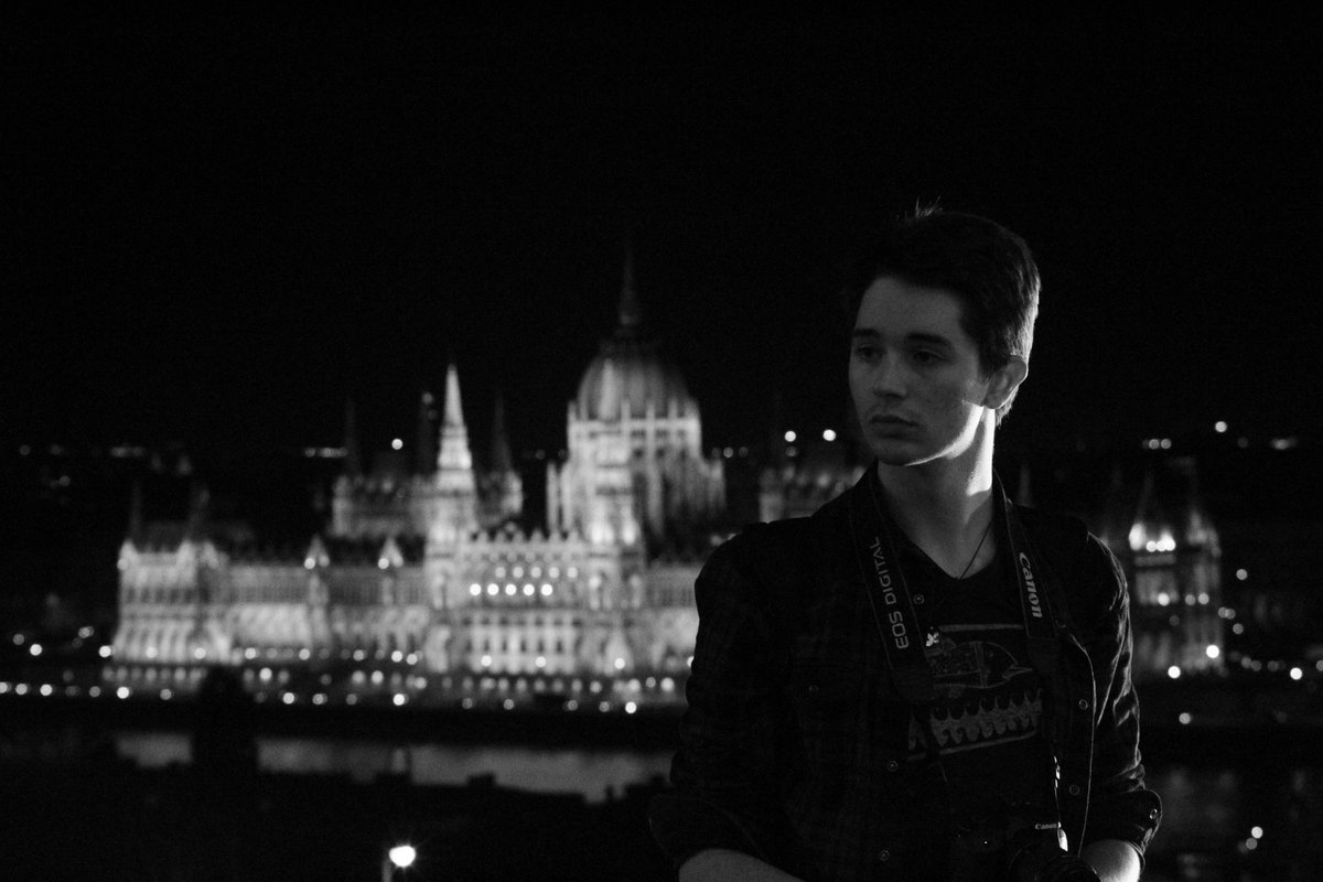 https://t.co/CTcCuIAHso  Some pics I never posted b4 of this CUTE AMAZING guy from the time we delighted our asses with a trip to ✨Budapest✨  *Gimme gimme gimme (a man after midnight) by Abba starts playing* https://t.co/8SD5ybFryE