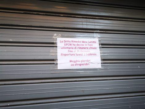 """Zona rossa, bar decide di chiudere a Palermo, """"Meglio perdere che straprendere"""" - https://t.co/saDzWXRaqd #blogsicilianotizie"""
