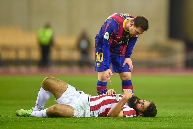 More trouble for #Barcelona captain @TeamMessi as he gets a two-game ban for the red card he picked up in #Supercopa final loss against #AthleticBilbao   #SupercopaDeEspana #SupercopaBarca