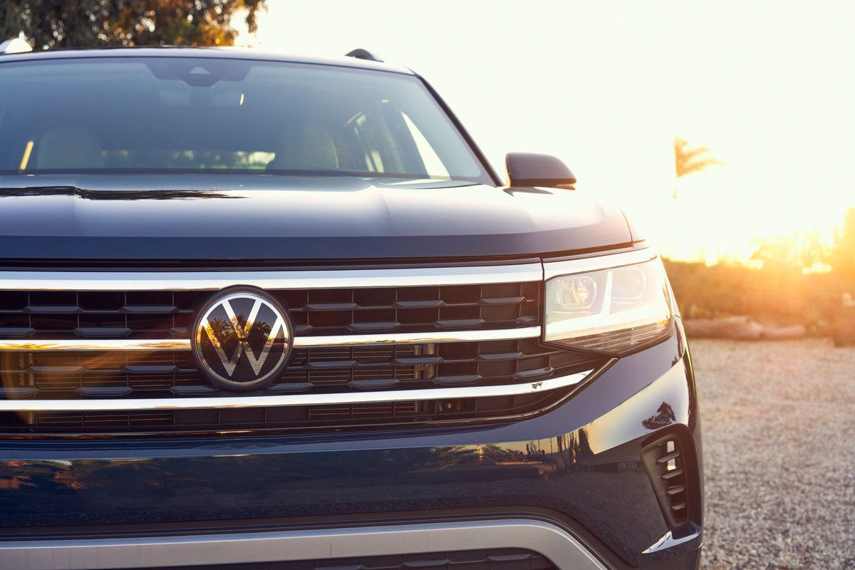 Kinda looks like it's smiling at you, asking for a test drive. #stokesvw #VW #atlas #charleston #instagood