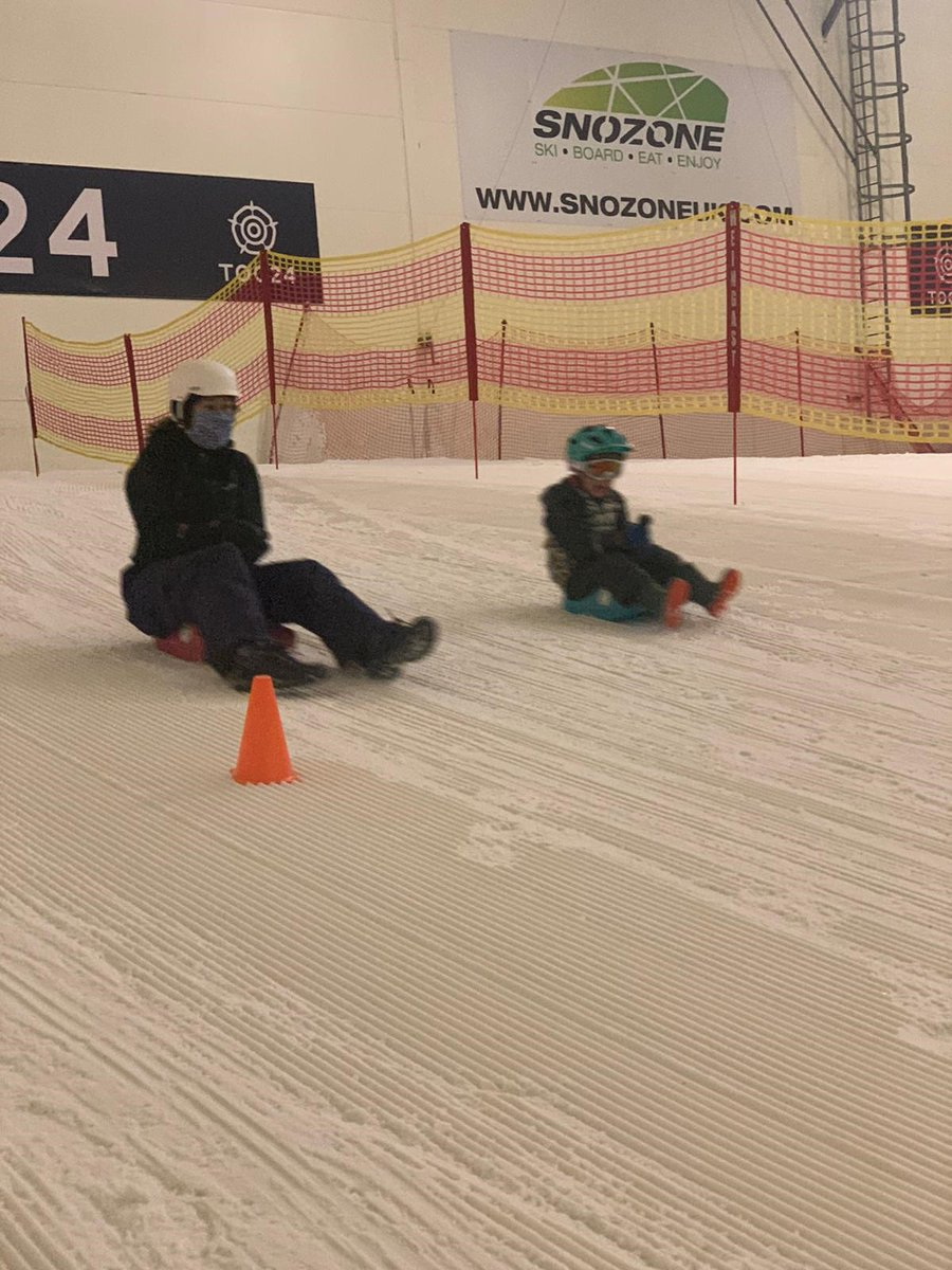 This week we're giving away a private sledging session for a family of up to 6 people at either of our Snozone venues; to enter post your favourite family pic in the comments below; we'll choose one at random and announce the winner on Sunday - good luck #tuesdayvibe #Competition