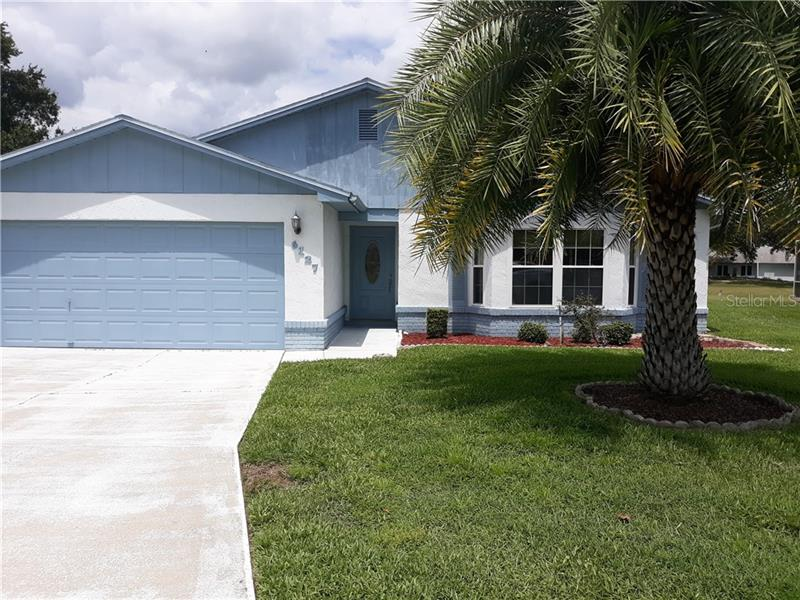 Ready for a change? This 2 BD/ 2 BA in Lakeland won't be on the market long.