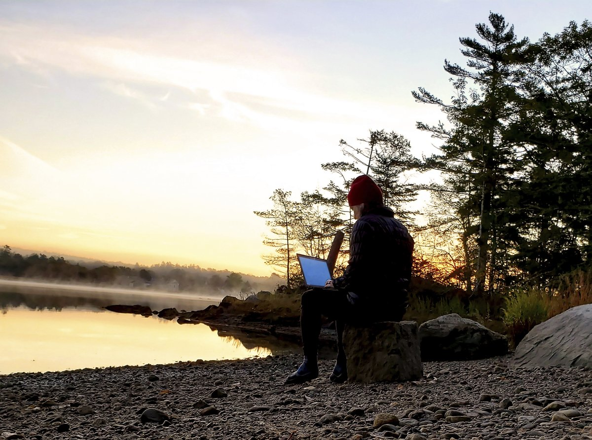 Are you starting off the #newyear working remotely? To help increase your ability to succeed in your new environment, I've compiled my favorite tips on how to #workfromhome with lower #stress and higher #performance. Discover them at     #remotework #wfh