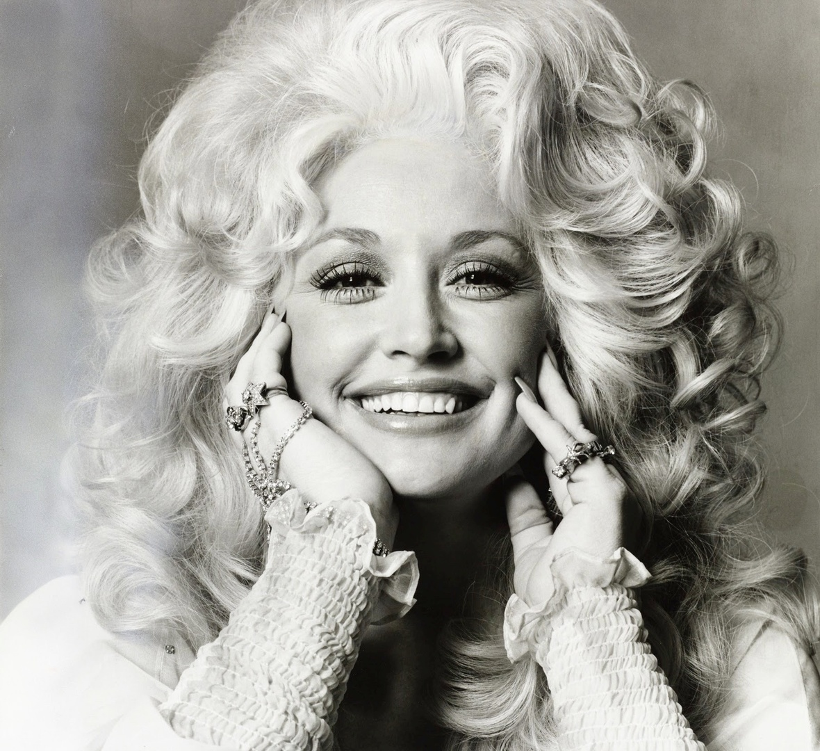 @DollyParton's photo on Dolly
