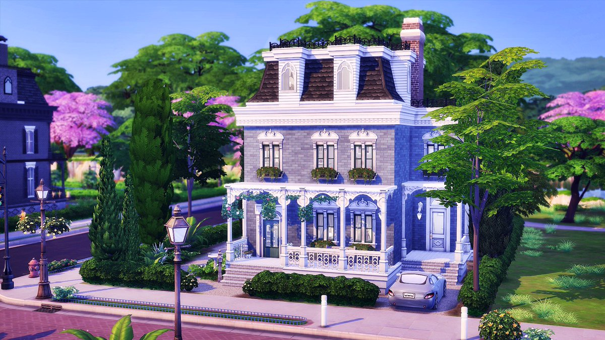 New speedbuild on my channel! This time a basegame only Big Victorian family home. Hope you like it #youtube #sims4