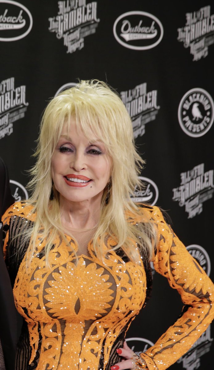 Replying to @BrdgstoneArena: Happy Birthday, Queen Dolly!! 👸  Celebrating you is one of our favorite things to do!