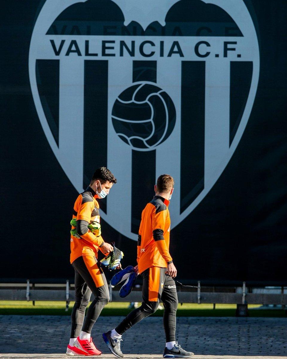 Valencia C.F. ⚪️⚫️🦇