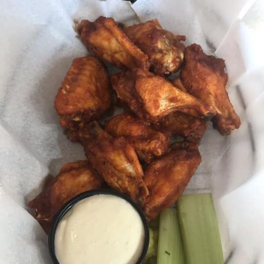 Today's featured wing flavor is Hot Mama, a Creole-style hot sauce. Available for dine-in or Curbside Carryout by calling 414-258-9886. Streaming Tosa East Basketball tonight so grab a socially distanced table and join us!
