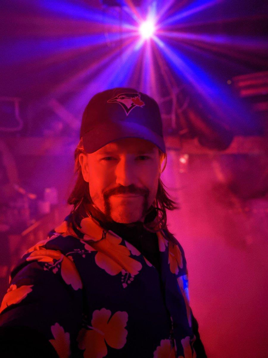 That time I went as @joe_exotic for Halloween #tuesdayvibe #pardon #DieAreE #TigerKing