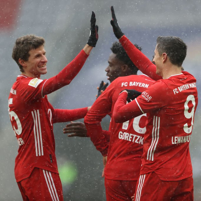 Most Bundesliga Goals: @lewy_official (21) Most Bundesliga Assists: @esmuellert_ (9)  The Müllendowski connection. 🙏