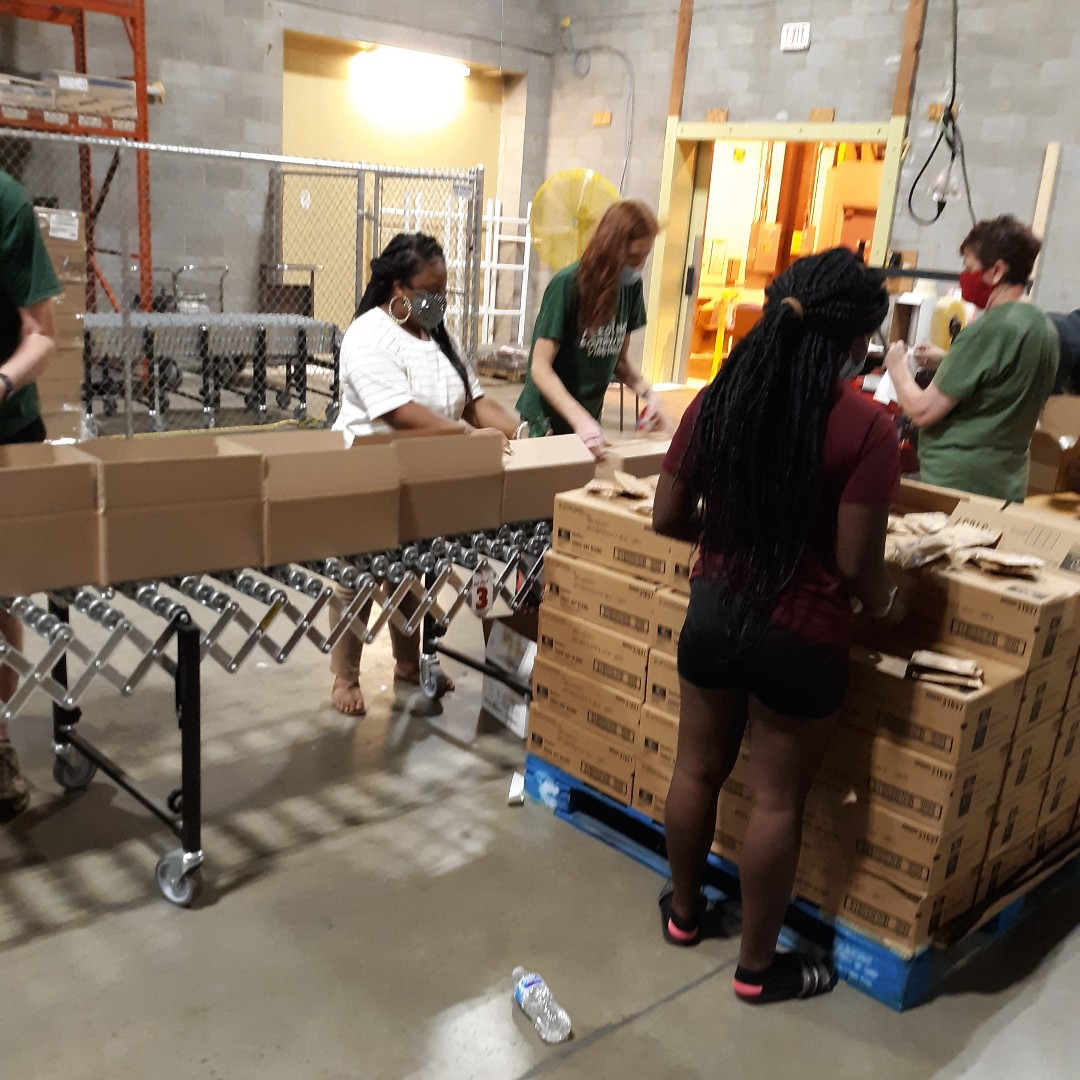 #Volunteers needed this week to assist with packing #emergency #food boxes!   Thursday, January 21st from 9a-12p and 1p-4p If you are #healthy and over the age of 16, you can volunteer.  Sign up #today at  #Thankyou!