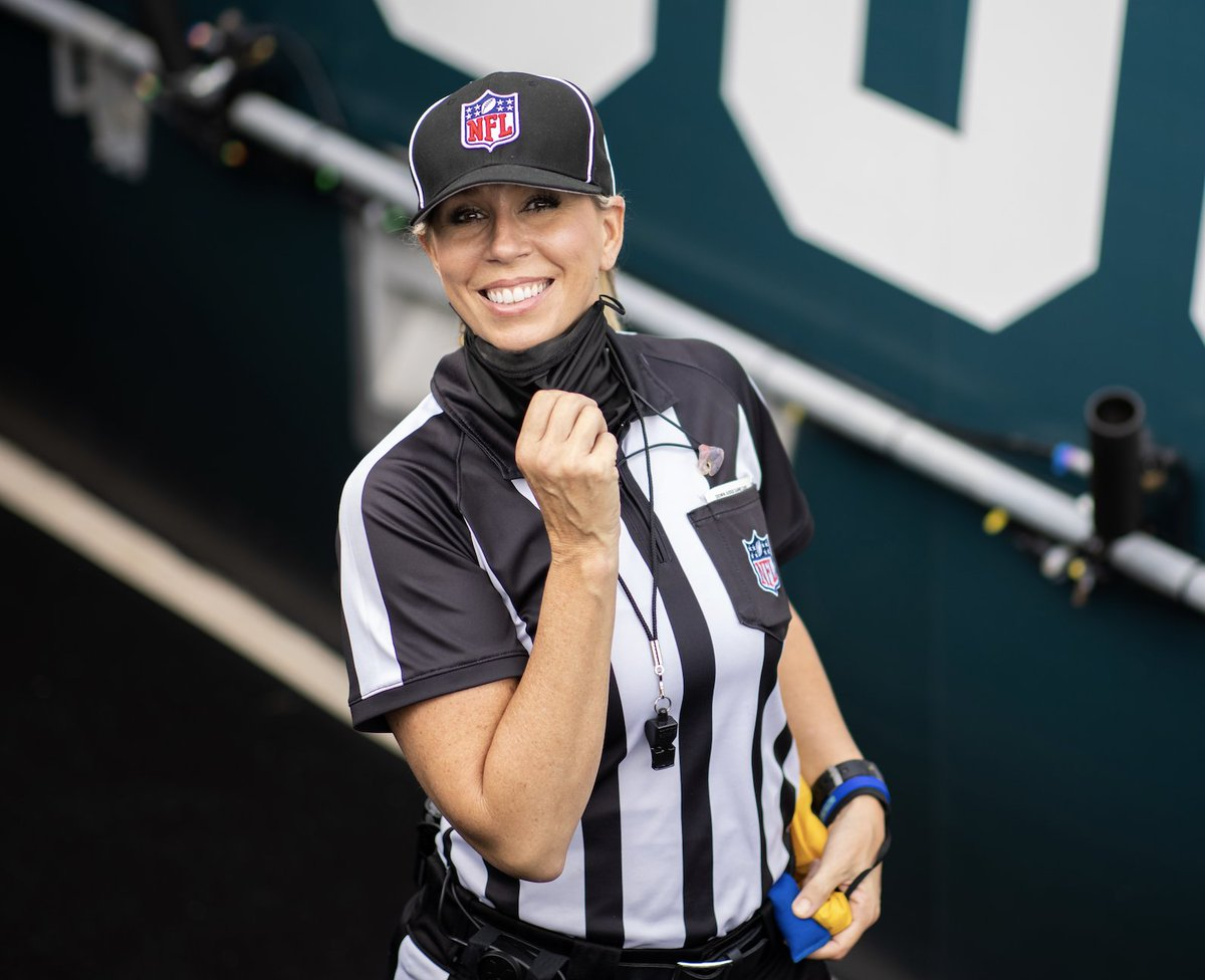 Sarah Thomas will become the first woman ever to officiate a Super Bowl.  Another barrier broken. @brgridiron