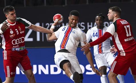 Caos en #Mundial de #handball de #Egipto por #coronavirus https://t.co/yQbXabsEz4 https://t.co/JAE8LaEGFK