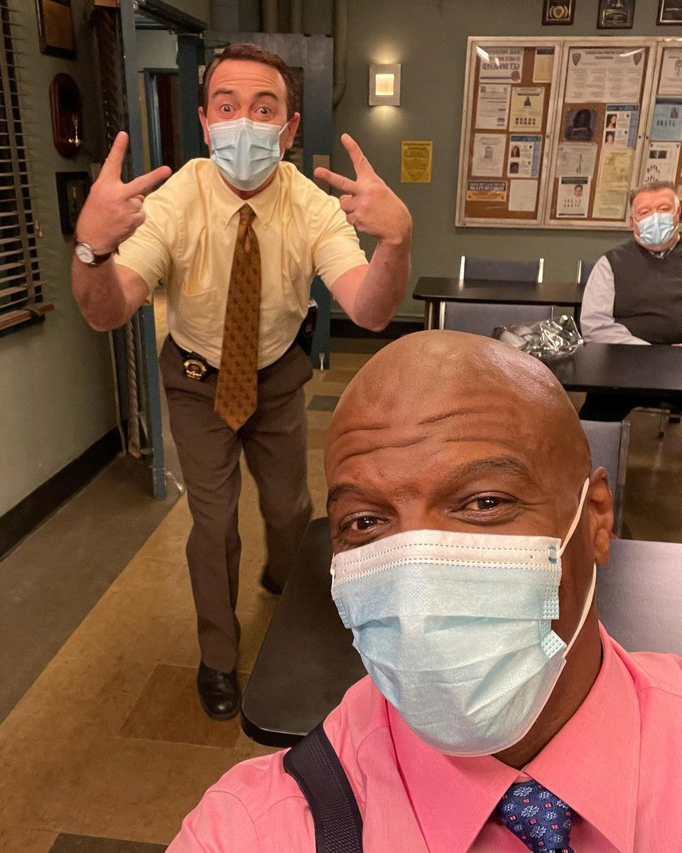 The #Brooklyn99 cast is back on set? Cool cool cool. 😎  📸: @terrycrews, @iamstephbeatz