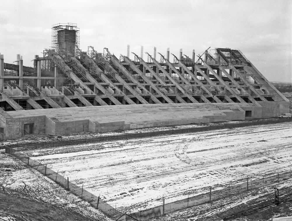 JANUARY 19, 1960: Construction continues on 17th Street Stadium, the new home of @indianafootball.  #iufb @CoachAllenIU
