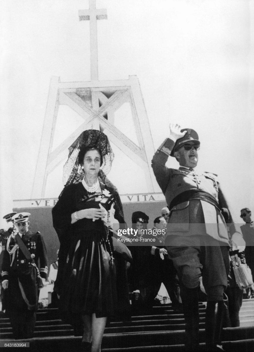 Je ne vais pas boycotter @TwitterFrance demain, une occasion de méchanceté à ne pas rater #InaugurationDay . Ds la série First Lady, Franco et sa femme (1957), que l'Occident a toléré 39 ans tandis que #NancyPelosi a voulu destituer #TrumpBanned 3 fois en 4 ans -de Gaulle/Franco