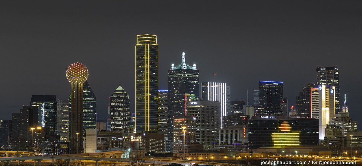 Tonight Dallas lights up in amber with other cities to honor the lives lost to COVID-19. #dallas #COVID19 #COVIDMemorial #dallastx https://t.co/VA3RqYy0Ne