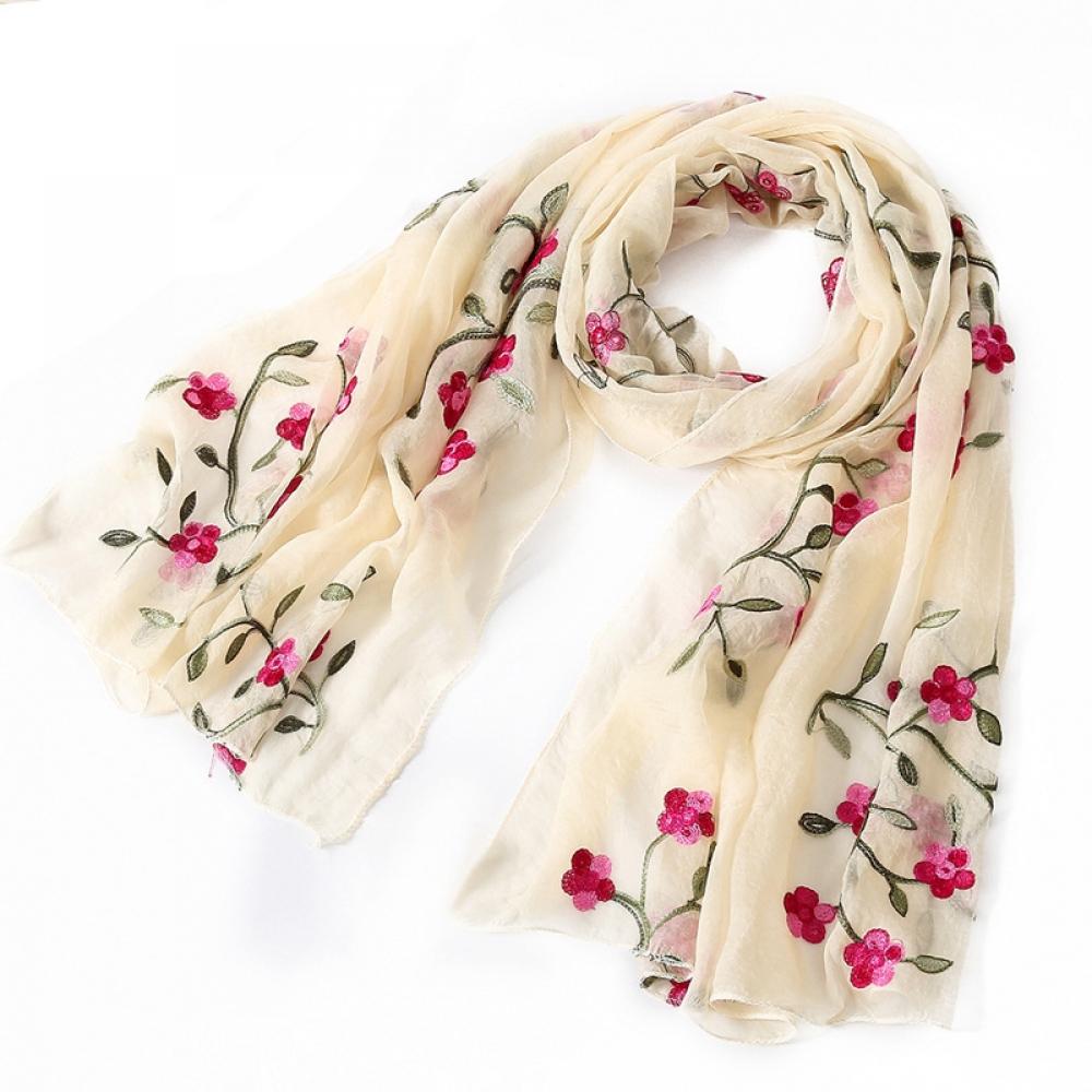 #like4like #instafashion Bufanda de seda bordada floral de la mujer