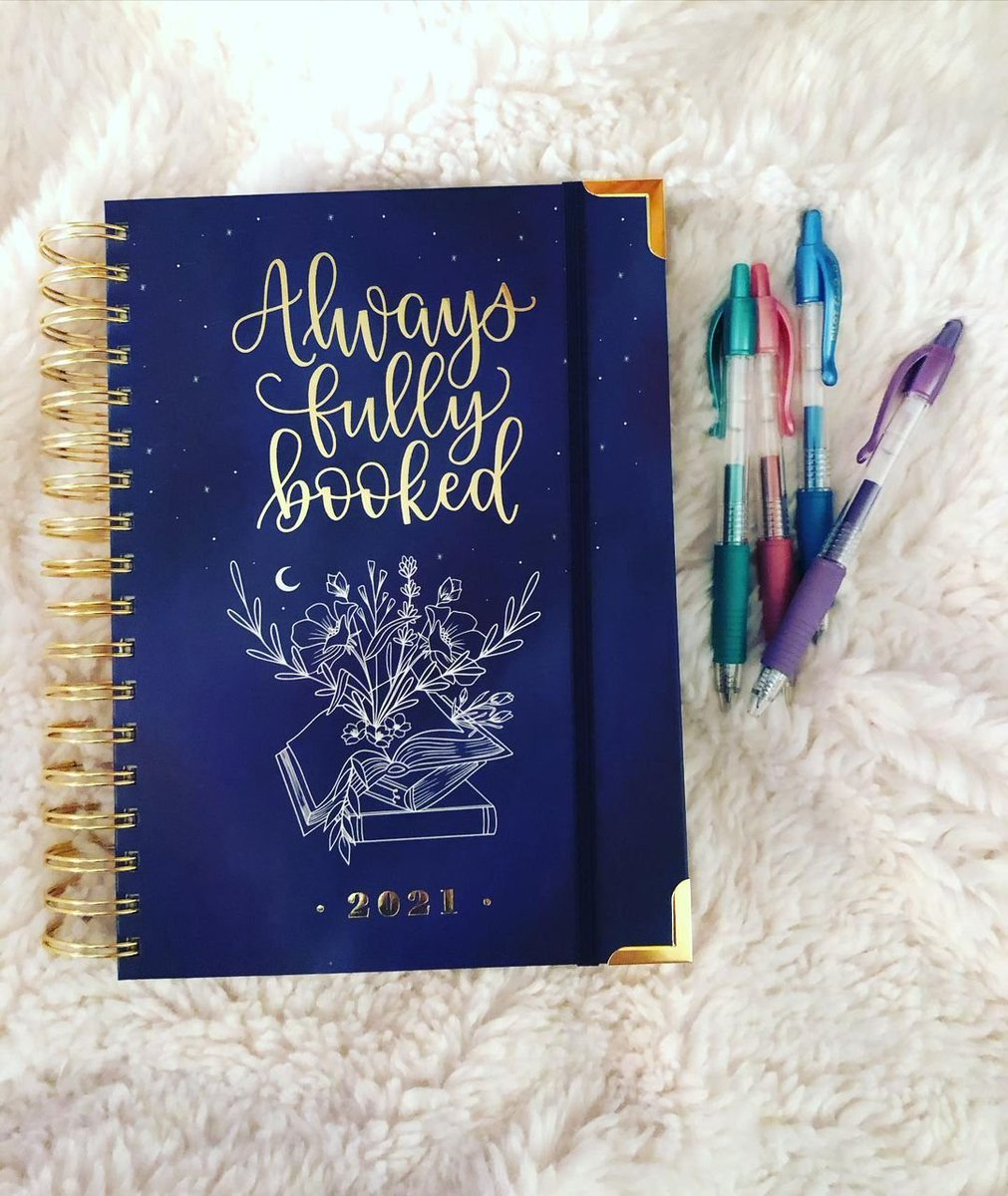 How is your 2021 planner looking so far? Keep your booked schedule beautiful with a touch of G2 Metallics! #PowerToThePen 📸: retty927