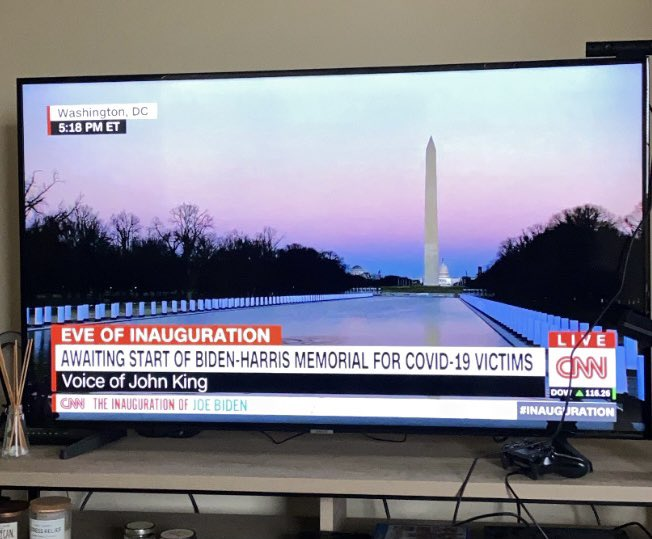 .@drsanjaygupta made a good point on CNN just now. There really hasn't been a center of grief about covid-19.   Not like other national tragedies - 9/11 or a mass shooting. Seeing this, you really start to feel the country centered in on the grief and tragedy of this pandemic.