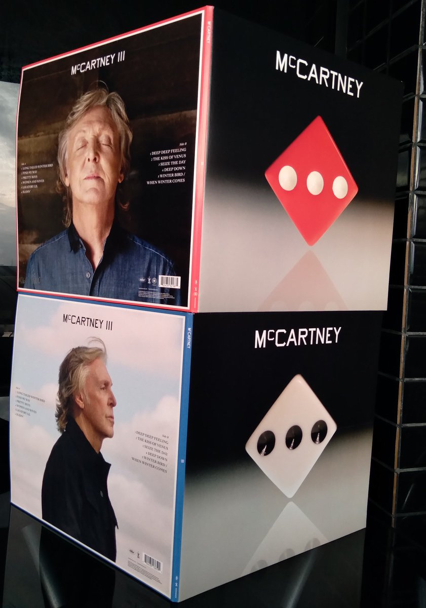 #McCartneyIII Black and Red LPs have arrived in Belém, Brazil #MadeInRockdown
