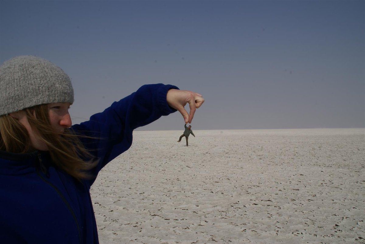 😋 Handle Timothy with TLC please...  he's got lot's on his 'to do' list 😊....  These Makgadikgadi Salt pans in Botswana, during the rains, reflect like mirrors the cumulus clouds above!   . . #safari #africa  #instalike #photoshoot #fun #naturalselectiontravel #campkalahari