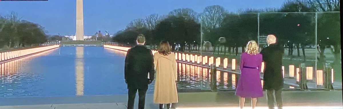 Seeing President-elect Biden and VP-elect Harris pay respect and actually acknowledge the death of over 410,000 Americans. With the Capitol in the background. Beyond powerful. 🇺🇸💙
